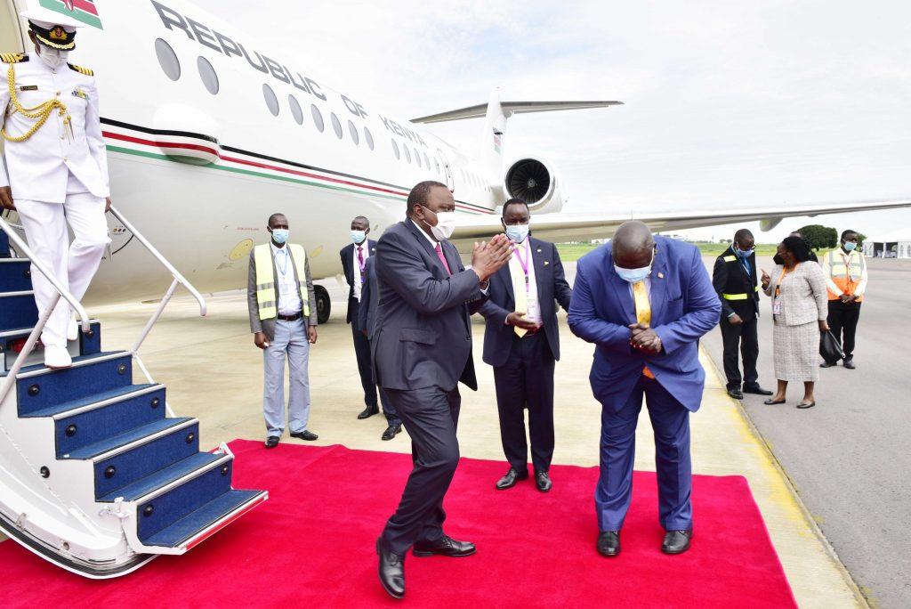 Uhuru ameenda Uganda kwa uapisho wa Museveni